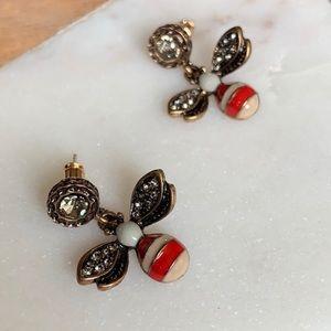 Vintage feel honey bee earrings